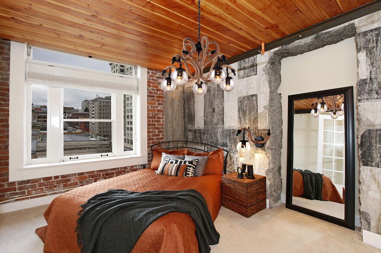 потолок в стиле лофт деревянный