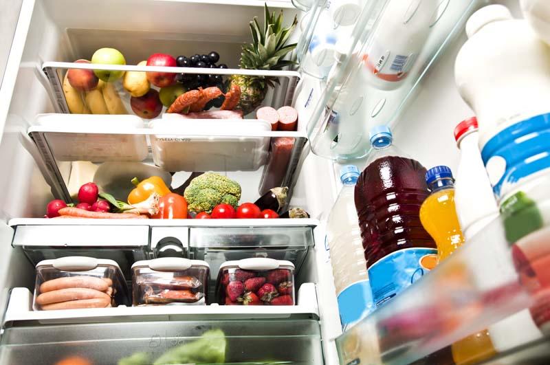 холодильник с продуктами фото