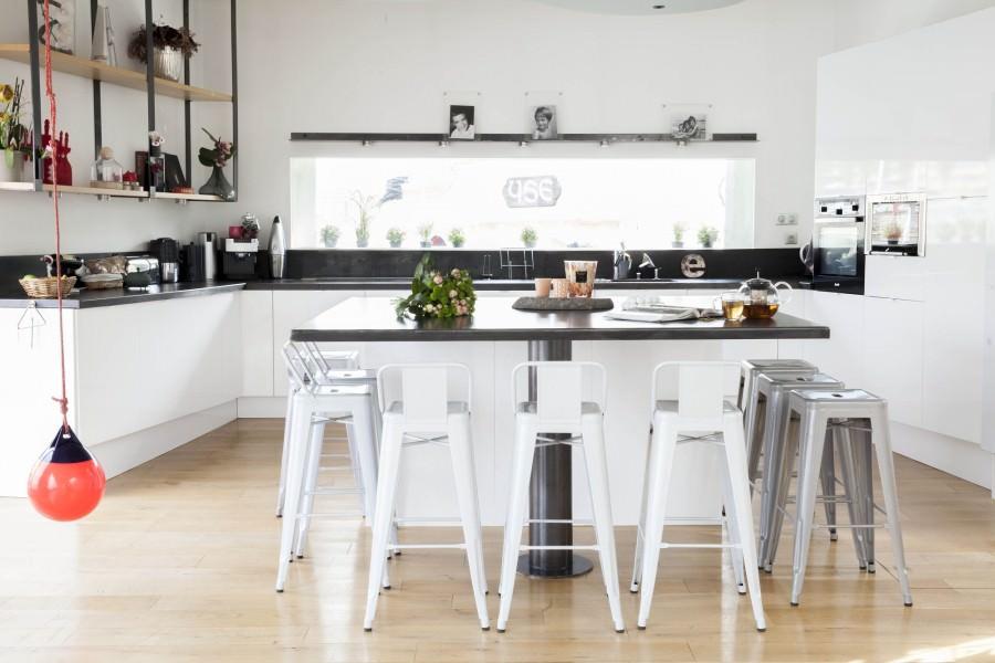 кухня в стиле кафе фото интерьера