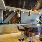 кухня в стиле кафе и бара виды декора