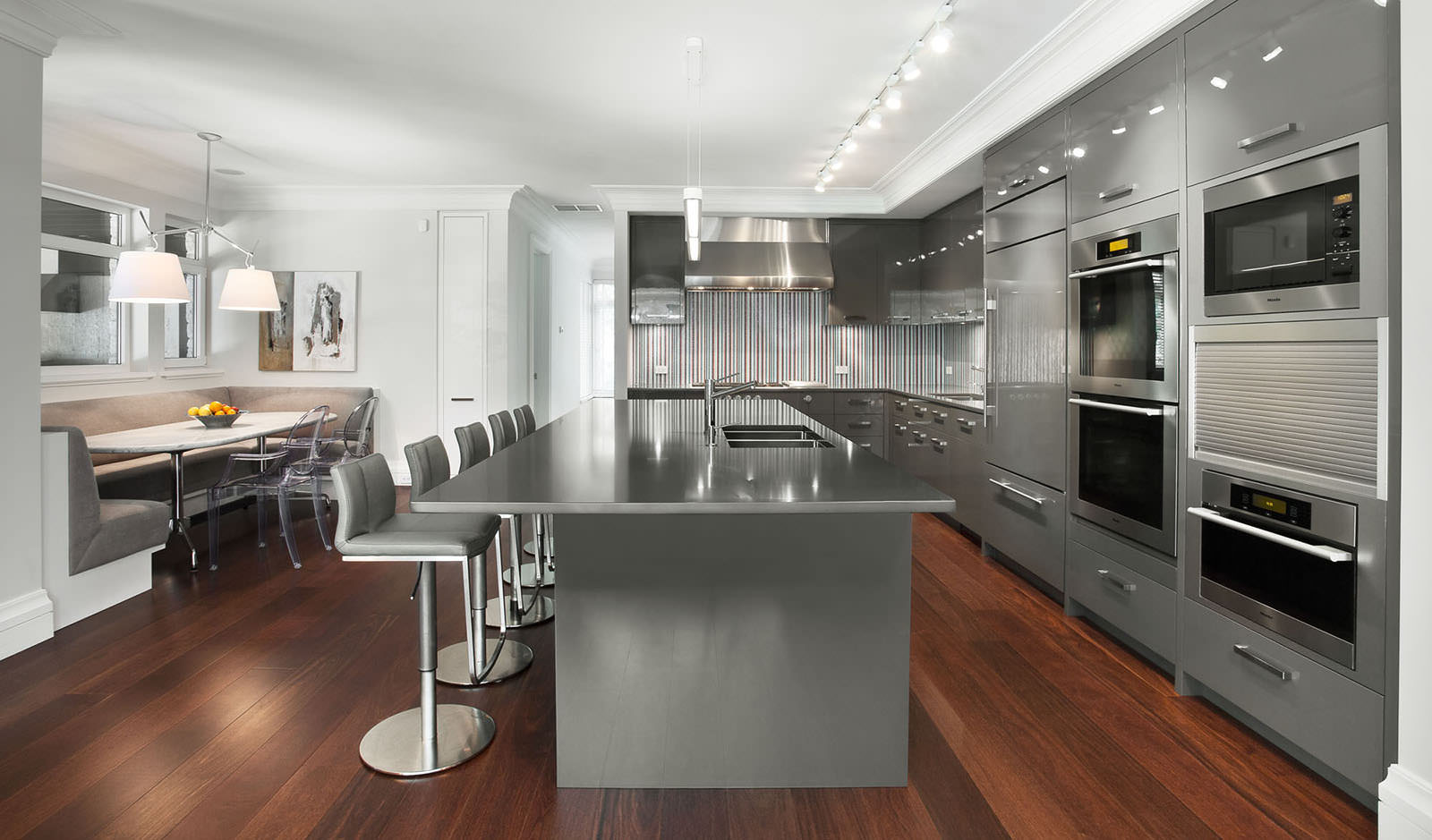 кухня в стиле кафе интерьер