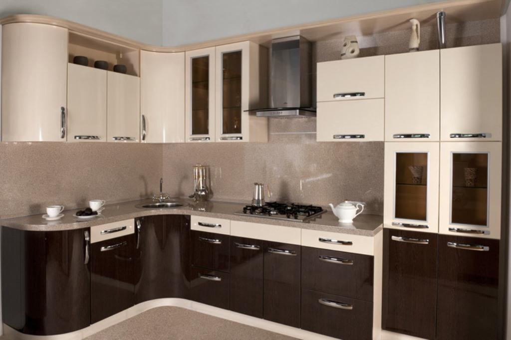 кухня ванильного цвета интерьер