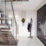 лестница на второй этаж в частном доме фото оформление