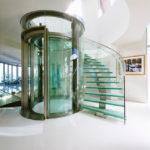 лестница на второй этаж в частном доме фото варианты