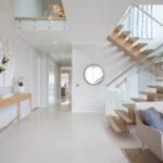 лестница на второй этаж в частном доме идеи варианты
