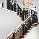 лестница на второй этаж в частном доме идеи вариантов