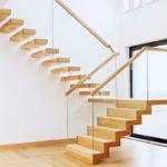 лестница на второй этаж в частном доме виды идеи