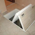 напольный люк в подвал варианты