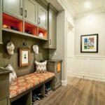 отделка прихожей и коридора виды декора