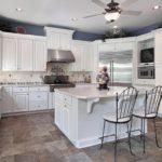 современная белая кухня фото интерьер