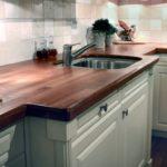 столешница из дерева для кухни интерьер
