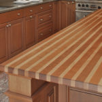 столешница из дерева для кухни фото интерьера