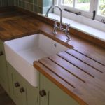 столешница из дерева для кухни интерьер идеи