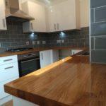столешница из дерева для кухни оформление