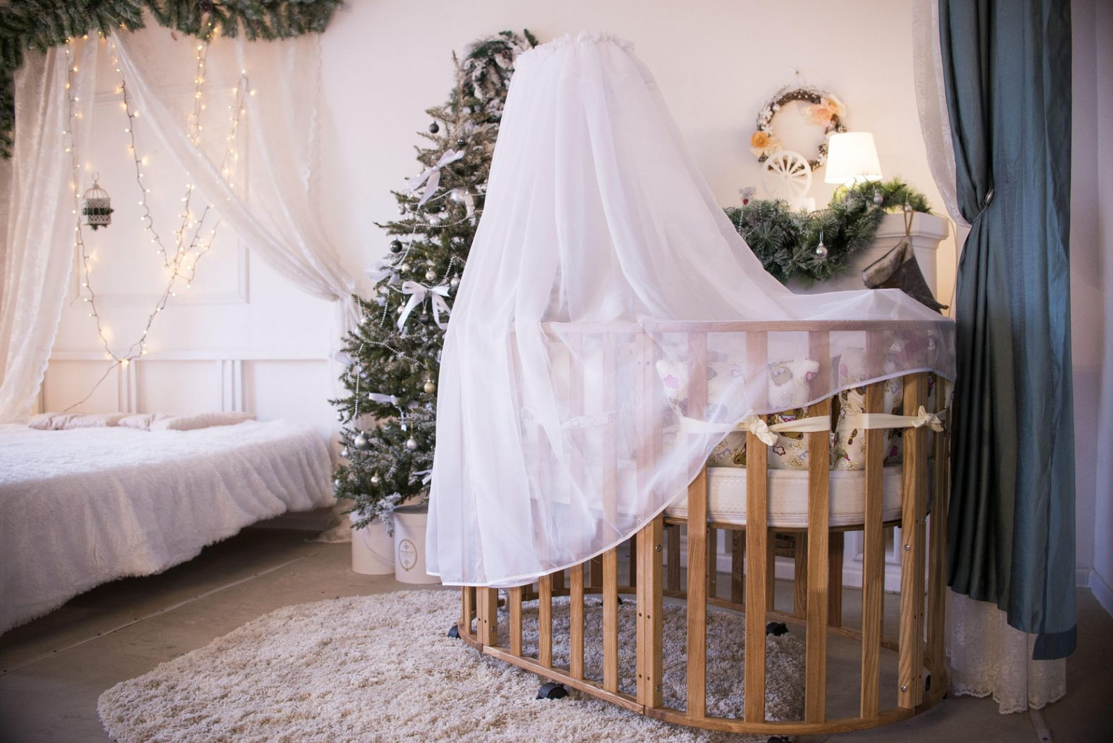 балдахин над кроватью для новорожденного