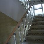 балясины для лестниц фото интерьера