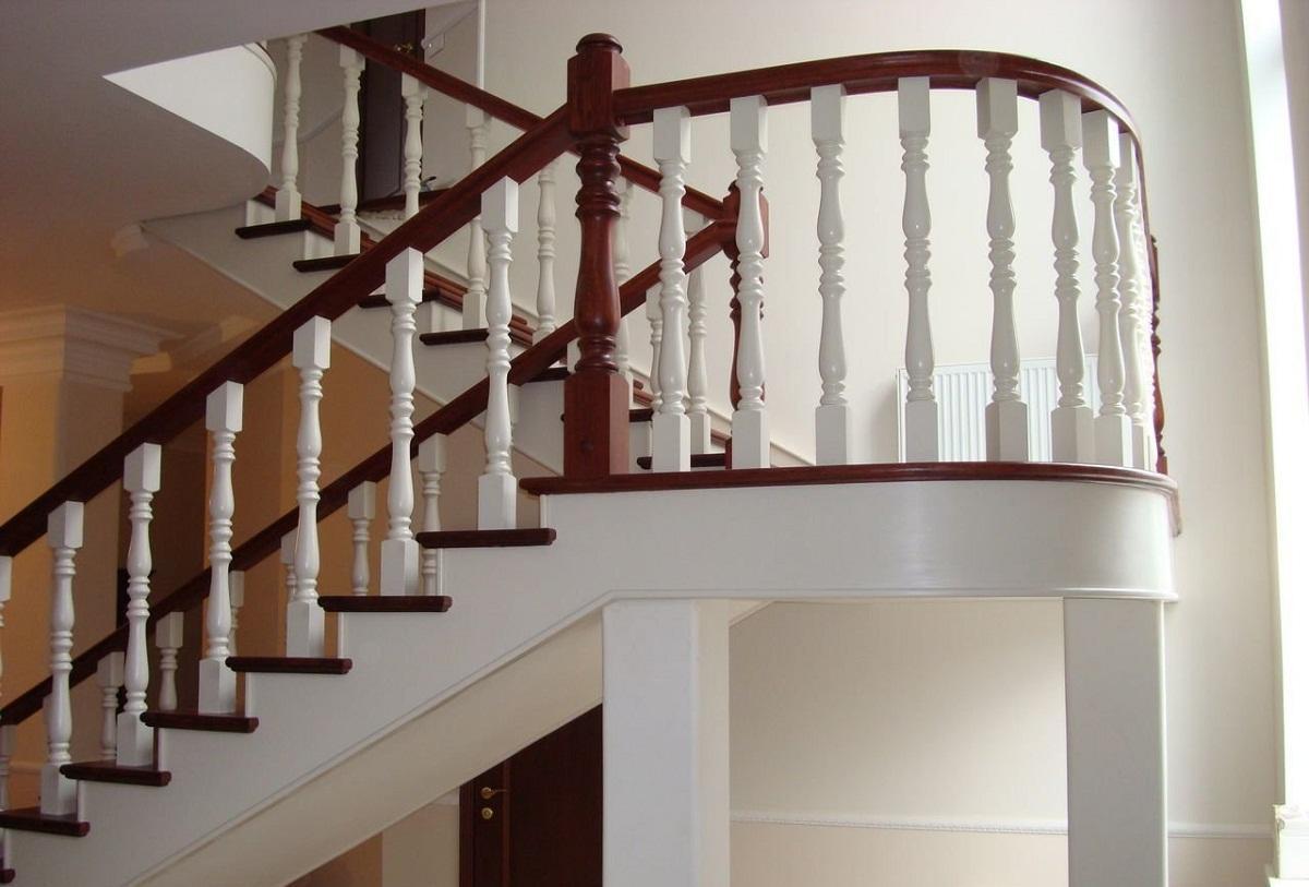 балясины для лестницы фото