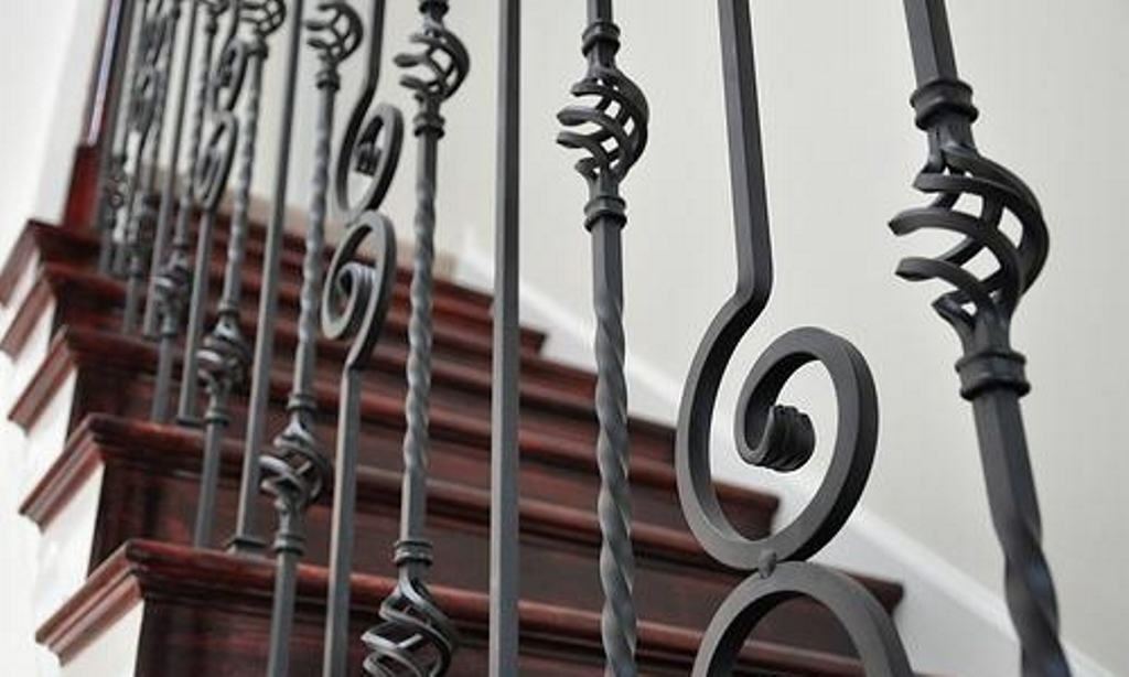 балясины для лестницы металл