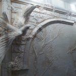 барельеф на стенах виды декора