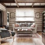 деревянный плинтус в частном доме фото интерьер