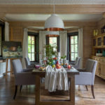 деревянный плинтус в частном доме оформление