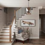 деревянный плинтус в частном доме фото оформления