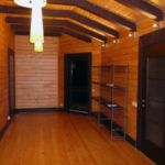 деревянный плинтус в частном доме обзор