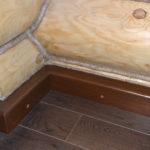 деревянный плинтус в частном доме фото дизайн