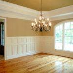 деревянный плинтус в частном доме фото дизайна