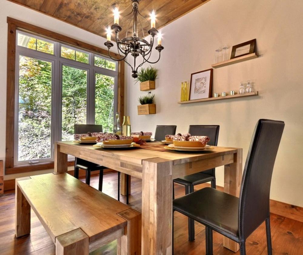 деревянный плинтус в частном доме