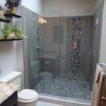 душевая кабина в ванной комнате виды декора