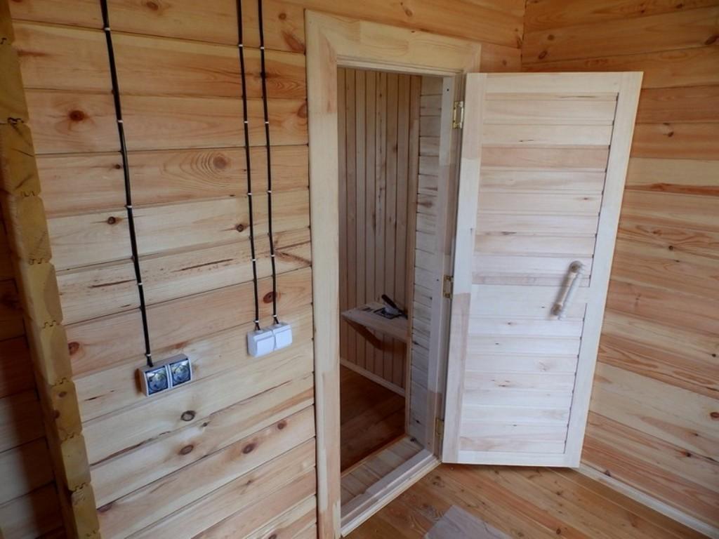 двери для бани из липы