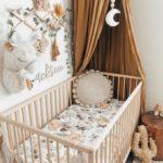 кровать с балдахином декор фото
