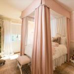 кровать с балдахином декор идеи