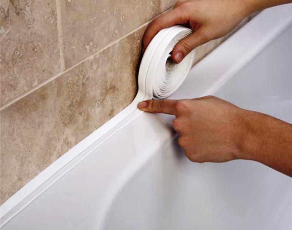 монтаж бордюра в ванной фото