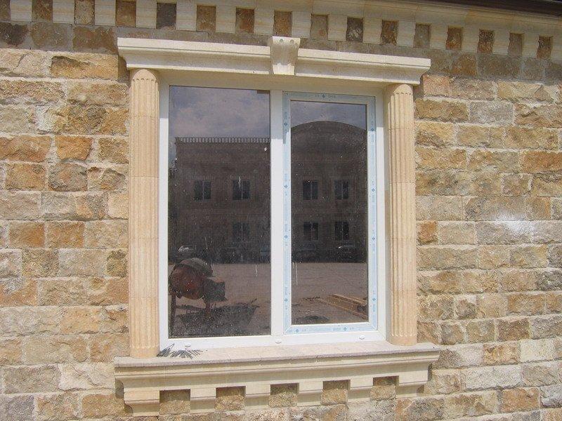 откосы на окна из камня