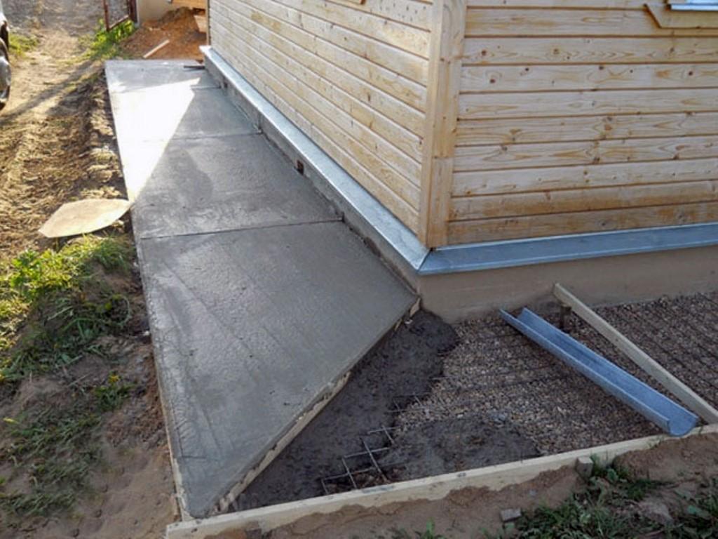 отмостка дома бетонная своими руками