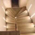 подсветка лестницы в частном доме декор фото