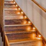 подсветка лестницы в частном доме идеи интерьера