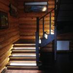 подсветка лестницы в частном доме фото идеи