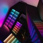 подсветка лестницы в частном доме варианты фото