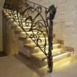 подсветка лестницы в частном доме дизайн