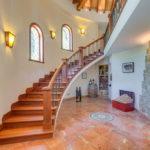 подсветка лестницы в частном доме фото виды