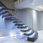 подсветка лестницы в частном доме обзор
