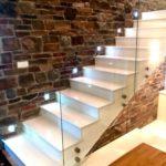 подсветка лестницы в частном доме фото дизайн