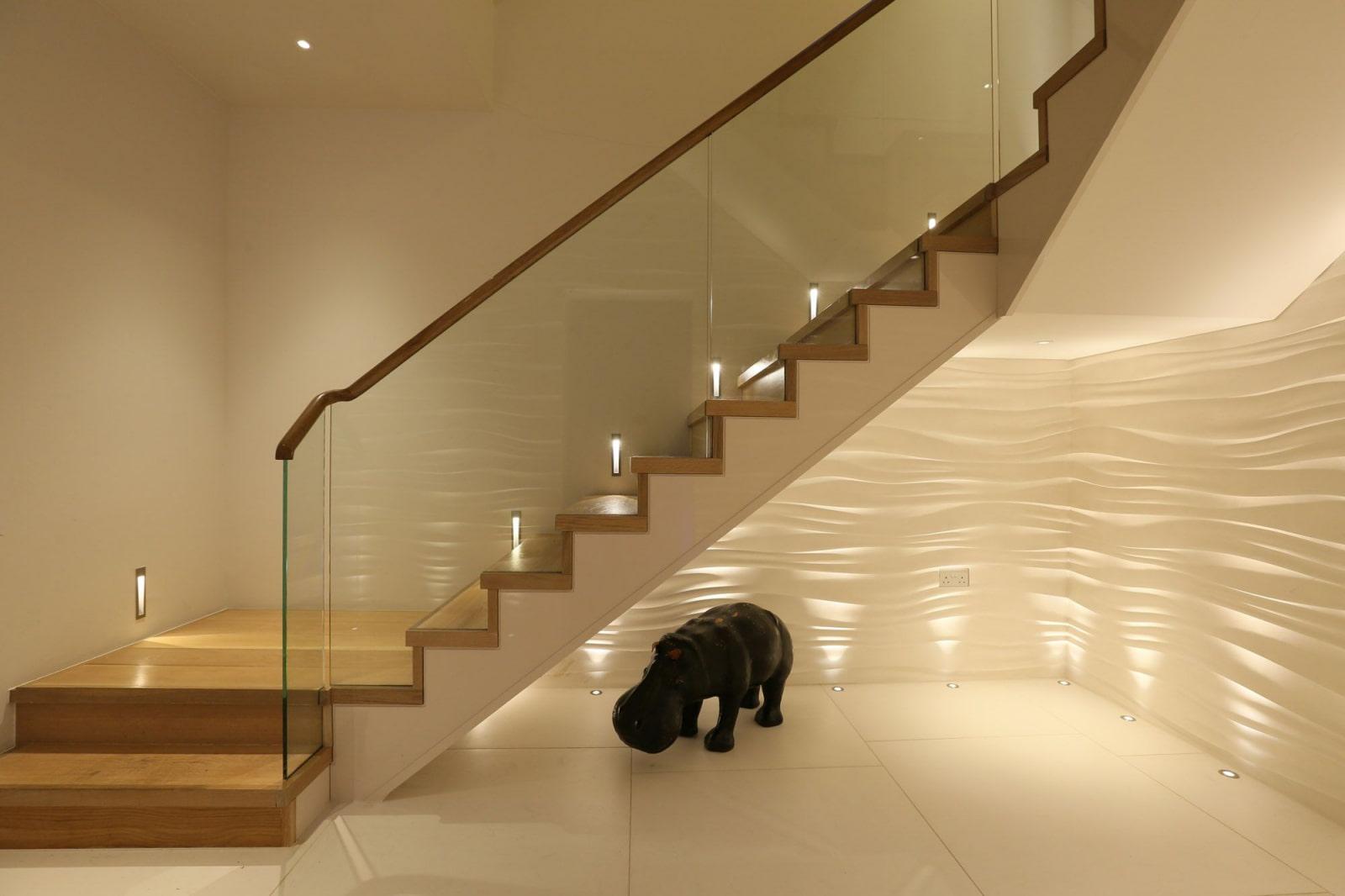 подсветка лестницы в доме автоматическая
