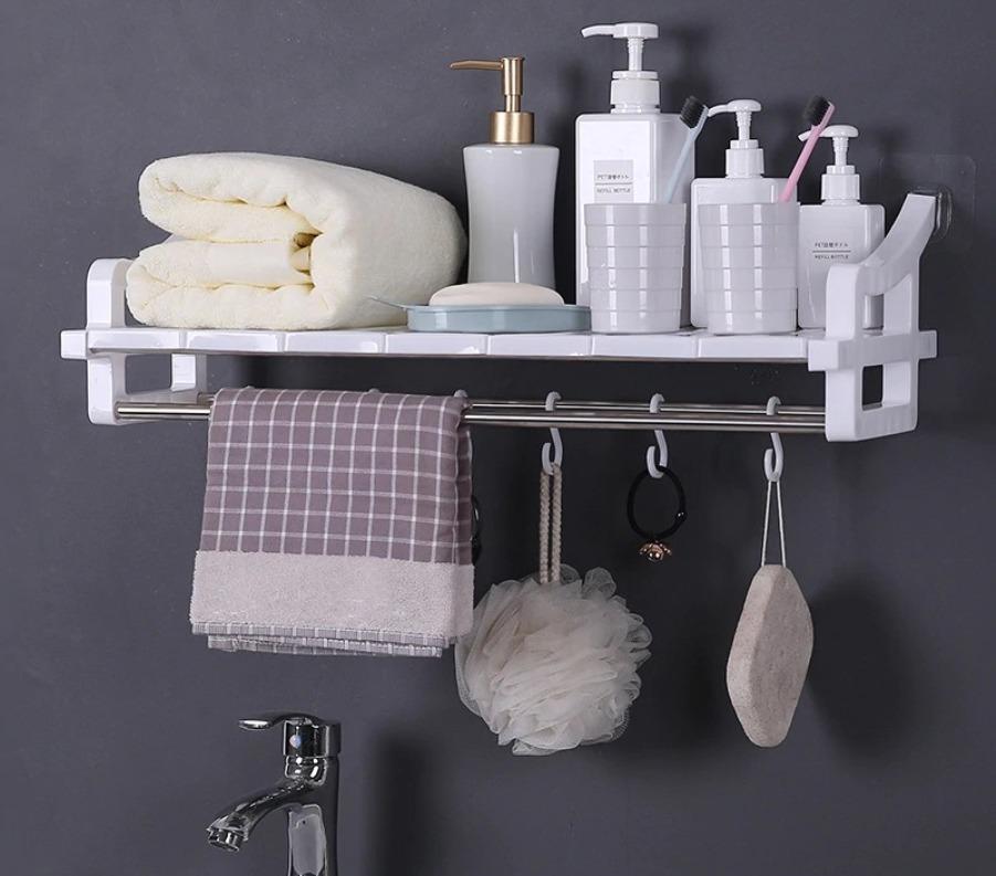 полочки для моющих средств в ванной