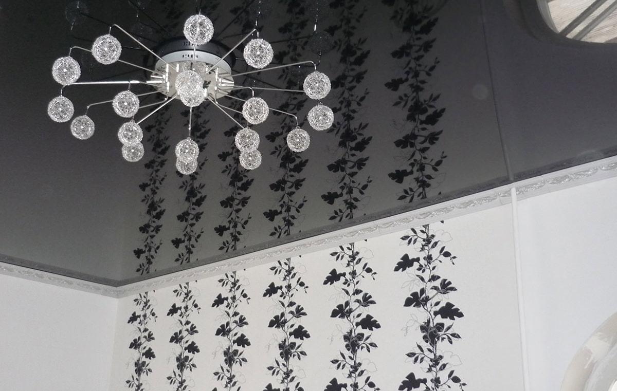 потолочный плинтус для натяжного потолка дизайн