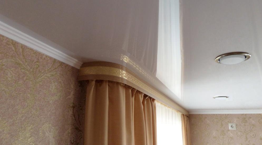 потолочный плинтус для натяжного потолка фото дизайн