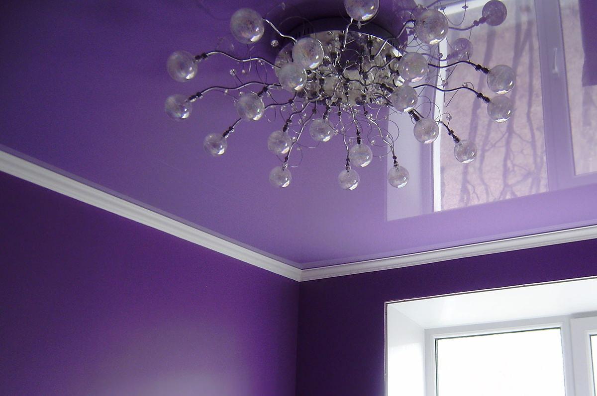 потолочный плинтус для натяжного потолка идеи фото